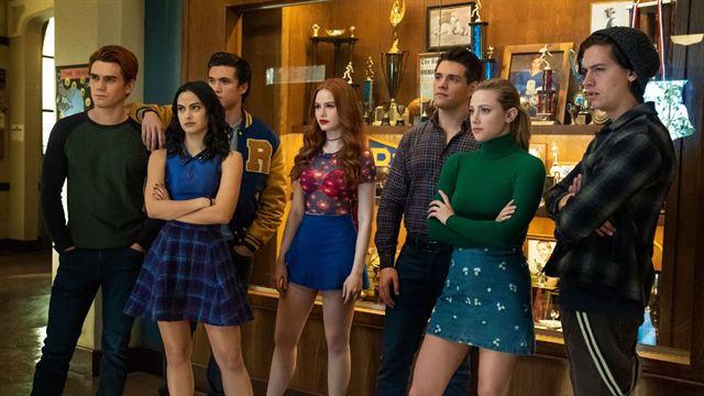 """""""Riverdale"""": clima de mistério marca o trailer da 5ªtemporada"""