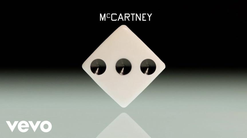 Legendário! Paul McCartney lança álbum que gravou sozinho durante aquarentena